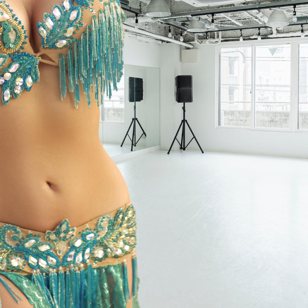privatlektioner i magdans orientalisk dans träning