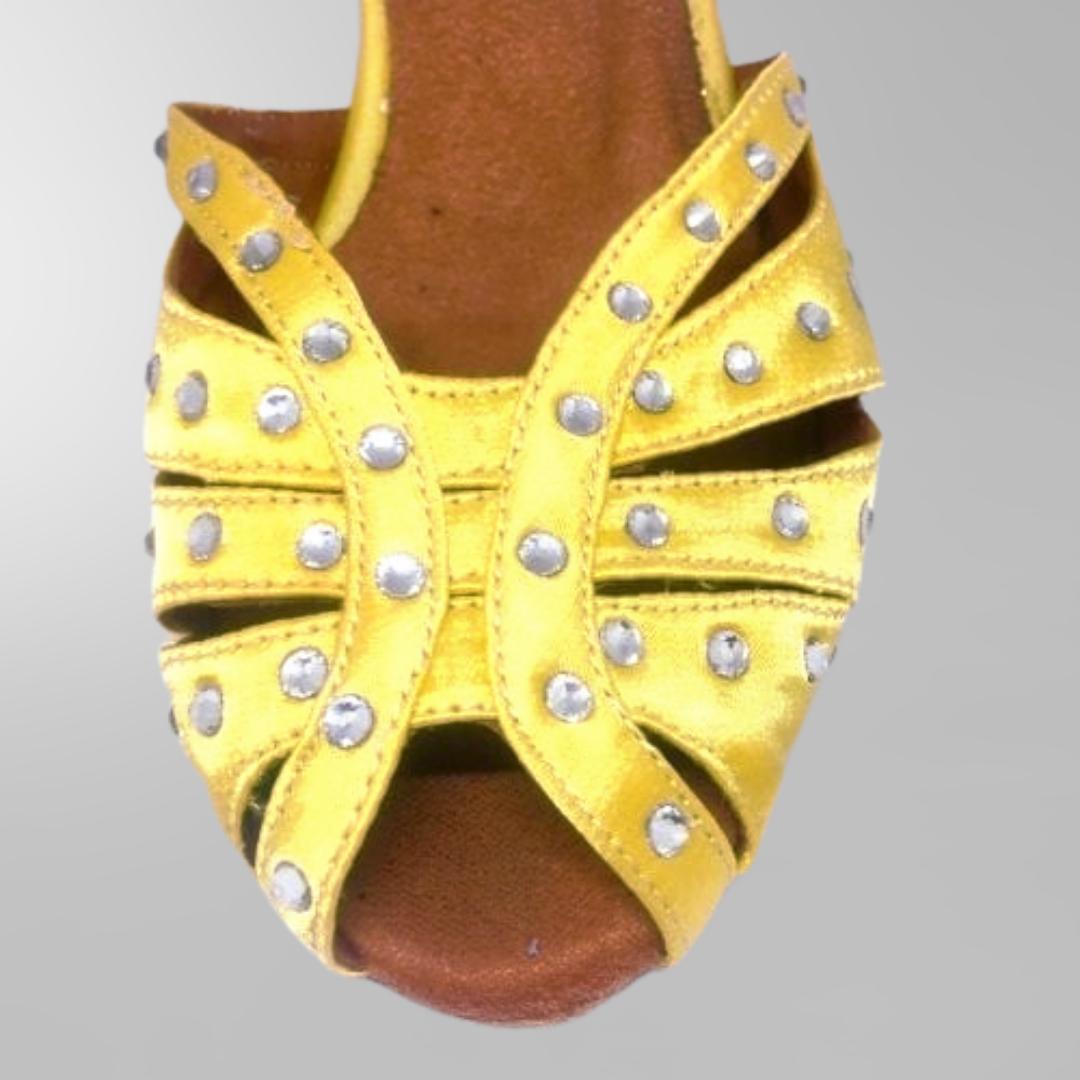 399d400d908 Dansskor i gult med hög klack och kristaller - Dansöz Dansskola ...