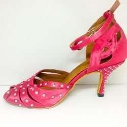 rosa dansskor med kristaller för magdans orientalisk dans och samba salsa latindans3