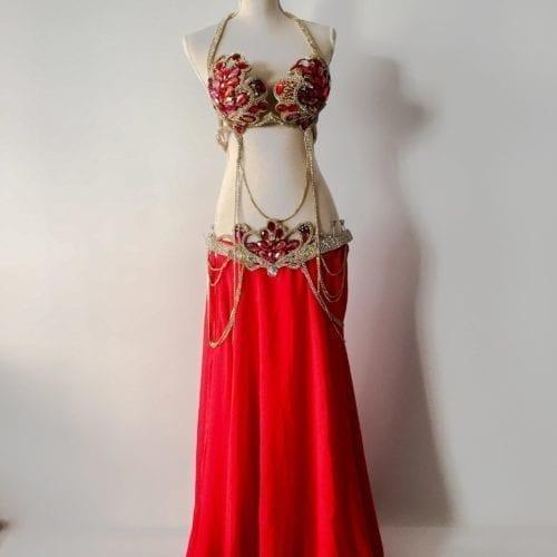 magdansdräkt i röd färg