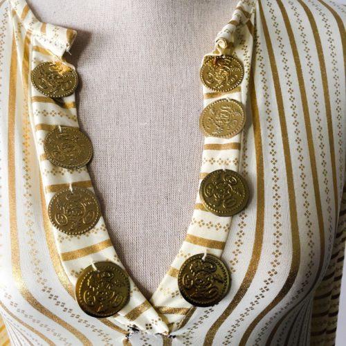 Klänning med mynt