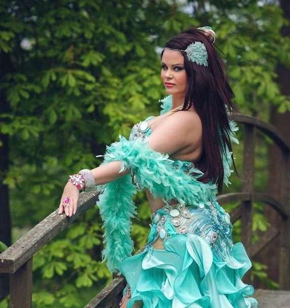 arabisk dansare i malmö magdans